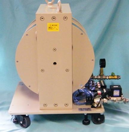 光学用電磁石(縦型・クライオスタット取付穴付)(3)