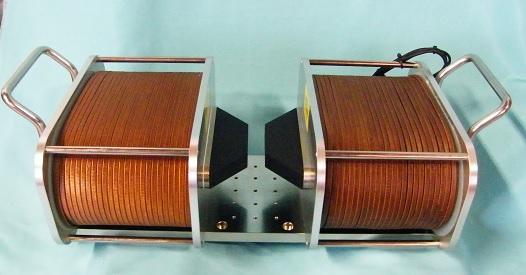 面内磁場用電磁石
